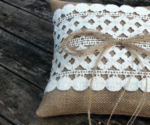 weddings and ring pillow image