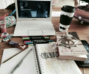 study and girly image