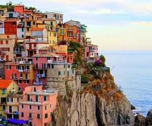 colours, places, and sea image