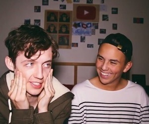 troye sivan, brothers, and youtube image