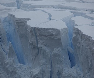 pale and ice image