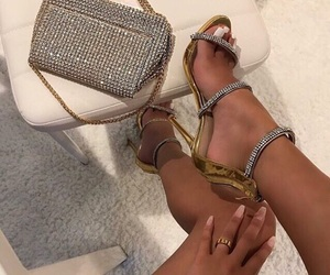accesories, rings, and bags image