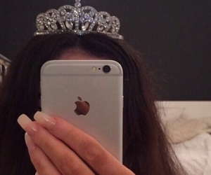 Queen, crown, and iphone image