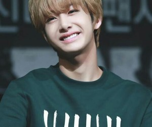 smile, hyungwon, and chae hyungwon image