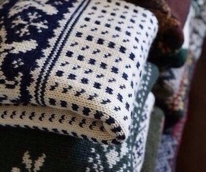 sweater, autumn, and christmas image