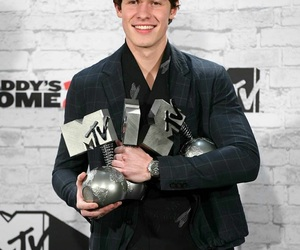 shawn mendes, boy, and mtv image