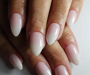 fashion, ombrenails, and gelnails image