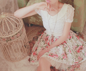 fashion, flowers, and vintage image