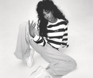 sza and music image