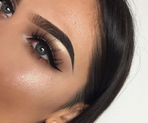 blue eyes, fashion, and makeup image