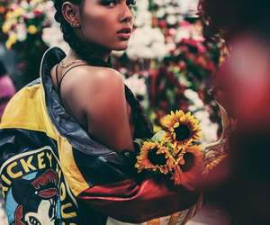 ber, swaag, and flowers image