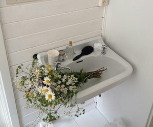flowers, aesthetic, and bathroom image