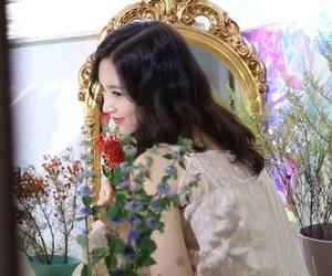 aesthetic, mina, and flowers image