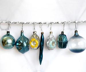 retro christmas, shabby ornaments, and vintage christmas image