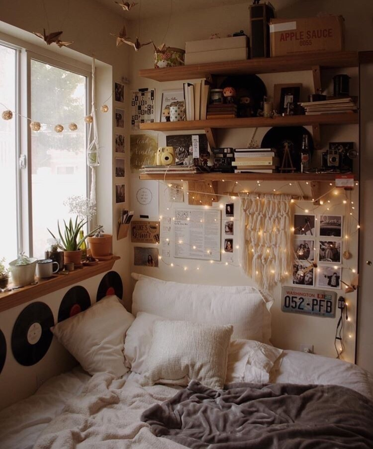 Image About Vintage In Bedroom Ideas By Artsy Memes