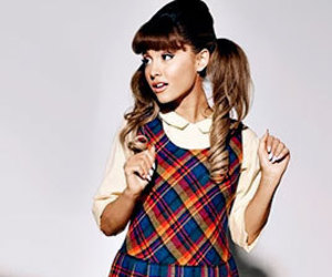 ariana grande and penny image
