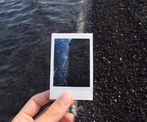 aesthetic, black, and black sand image