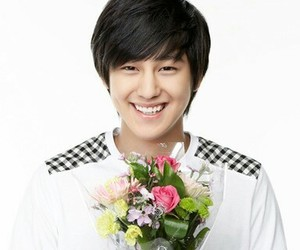 kim bum and boys before flowers image