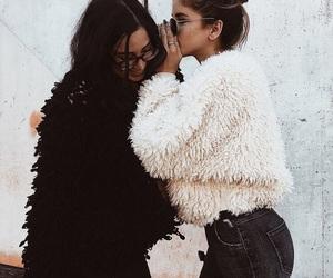 friendship and fashion image