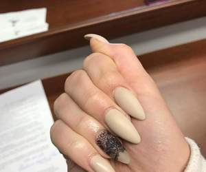 matte, nails, and Poland image