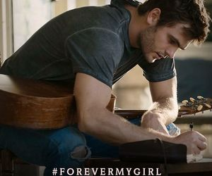 guitar and alex roe image