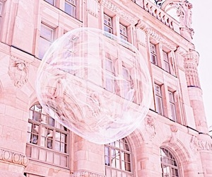 pink, bubble, and indie image