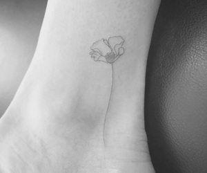 flower, minimalist, and tat image