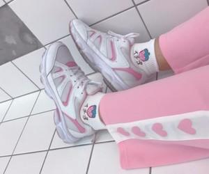 kawaii, pink, and k-fashion image