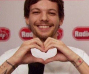 louis tomlinson, louistomlinson, and onedirection image