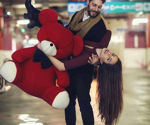 couple, love, and red image