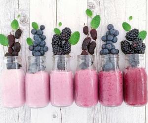 fruit, dégradé, and smoothie image