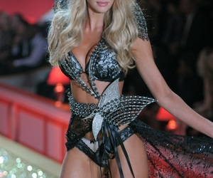 candice swanepoel, vsfs, and fashion show image