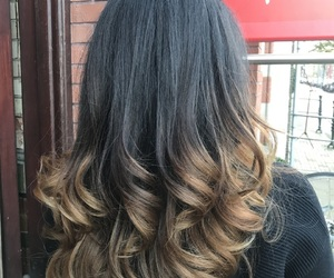 hair, curlyhair, and ombre image