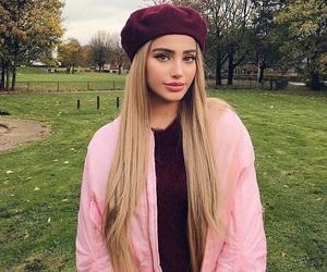 blonde girl, slay, and fashionista image