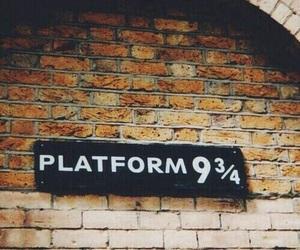 harry potter, hogwarts, and platform image
