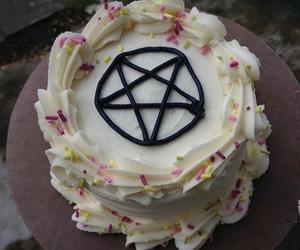 cake and grunge image
