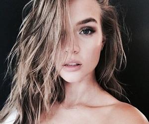 chic, instagram worthy, and theaspiringwhi image