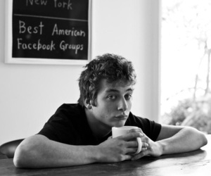 shameless, jeremy allen white, and lips image