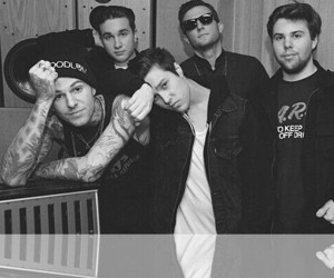 the neighbourhood, band, and the nbhd image
