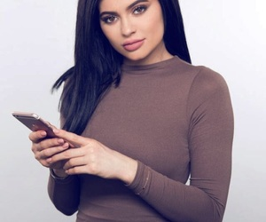 beauty, brown dress, and kylie jenner image
