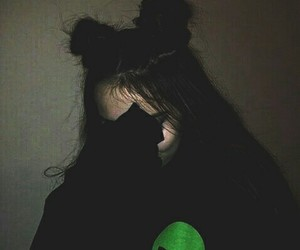 girl, alien, and grunge image