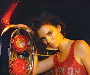 kendall jenner, model, and red image