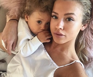 tammy hembrow, family, and girl image