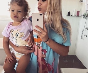 tammy hembrow, daughter, and baby image