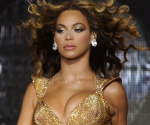 beyonce knowles, i am sasha fierce, and queen bey image