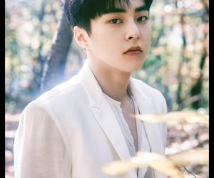 exo, xiumin, and official image