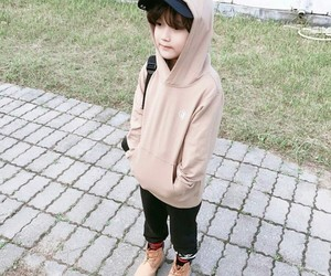 asian, boy, and hat image
