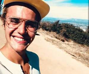smile, bieber, and justin biebe image