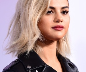 selena gomez, amas‬, and 2017 image