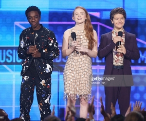 actors, awards, and stranger things image